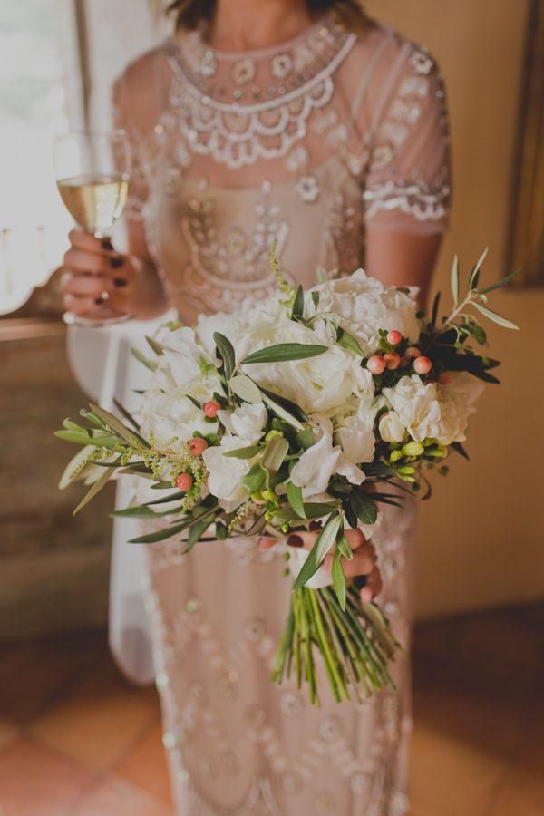 an-intimate-amalfi-coast-wedding-that-doesnt-skimp-on-style-12