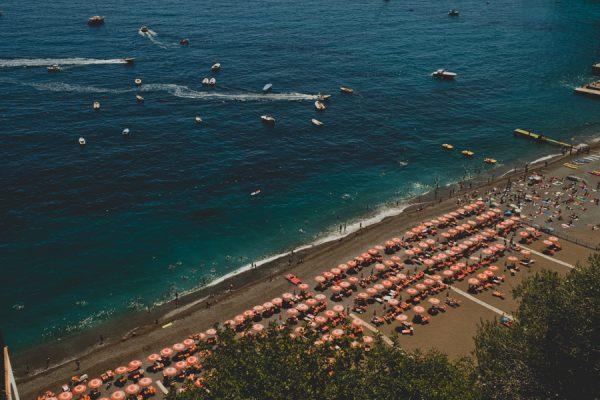 an-intimate-amalfi-coast-wedding-that-doesnt-skimp-on-style-2