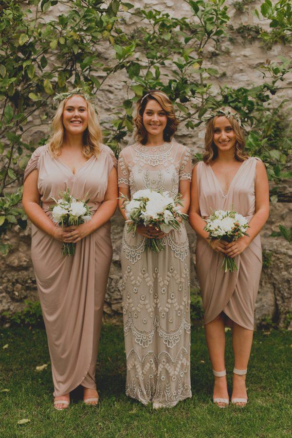 an-intimate-amalfi-coast-wedding-that-doesnt-skimp-on-style-27