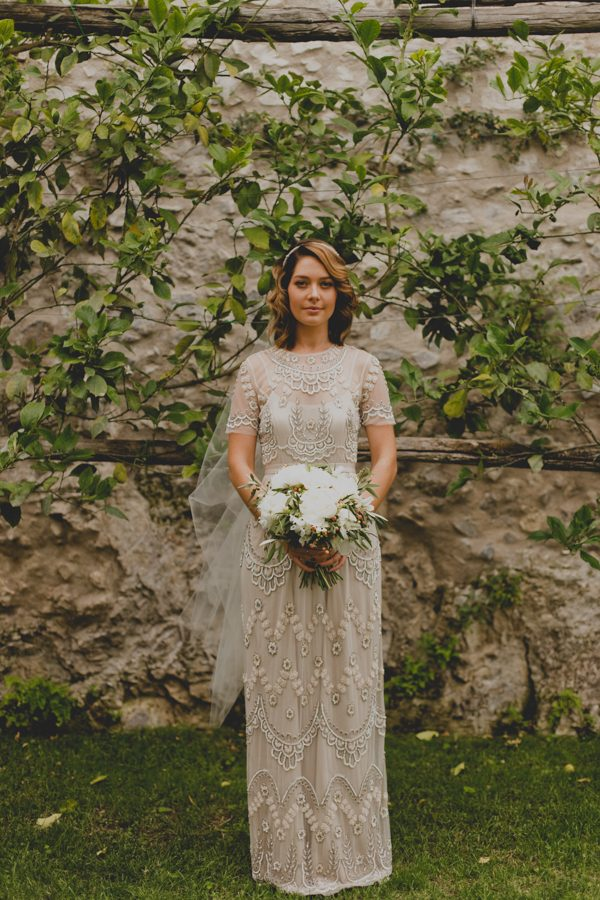 an-intimate-amalfi-coast-wedding-that-doesnt-skimp-on-style-28