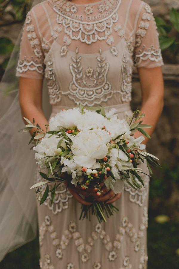 an-intimate-amalfi-coast-wedding-that-doesnt-skimp-on-style-29
