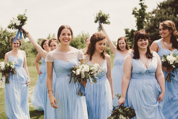 baby-blue-michigan-wedding-on-an-apple-orchard-11