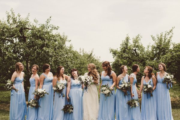 baby-blue-michigan-wedding-on-an-apple-orchard-8