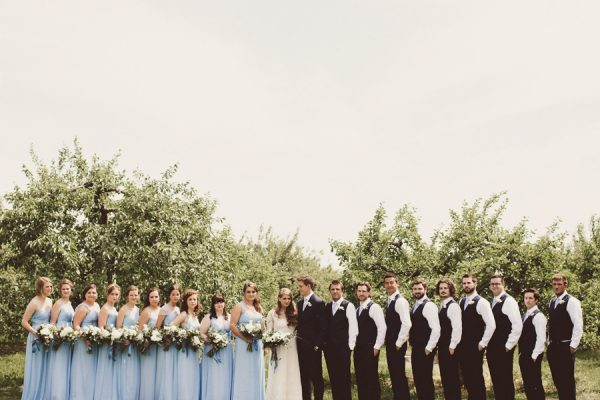baby-blue-michigan-wedding-on-an-apple-orchard-9