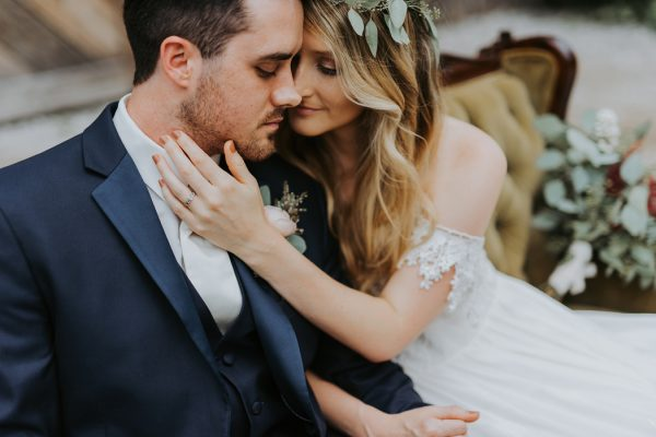 boho-nashville-wedding-inspiration-at-meadow-hill-farm-12