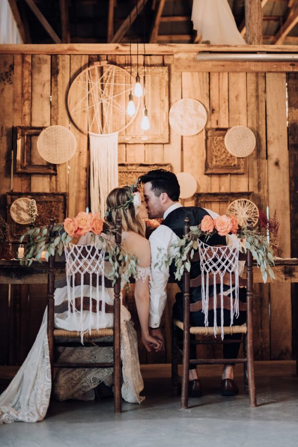 boho-nashville-wedding-inspiration-at-meadow-hill-farm-19