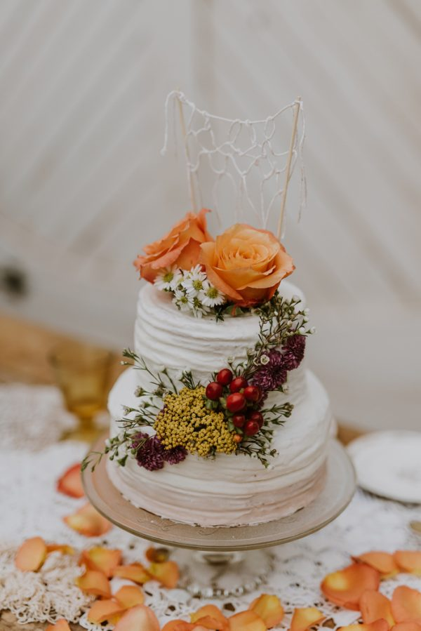 boho-nashville-wedding-inspiration-at-meadow-hill-farm-26