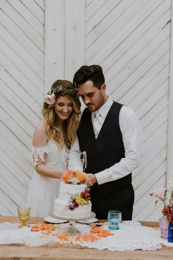 boho-nashville-wedding-inspiration-at-meadow-hill-farm-27