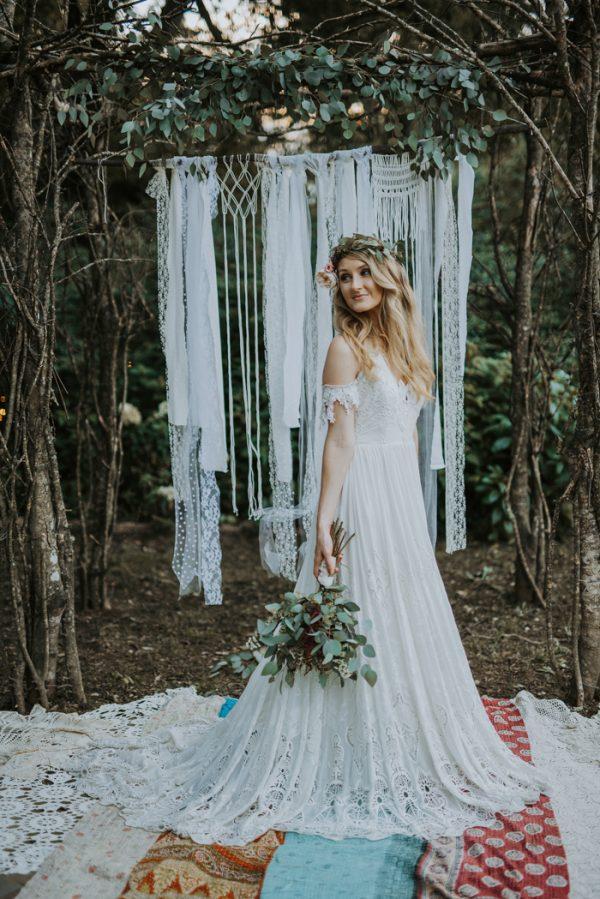 boho-nashville-wedding-inspiration-at-meadow-hill-farm-31