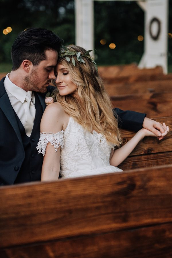 boho-nashville-wedding-inspiration-at-meadow-hill-farm-34