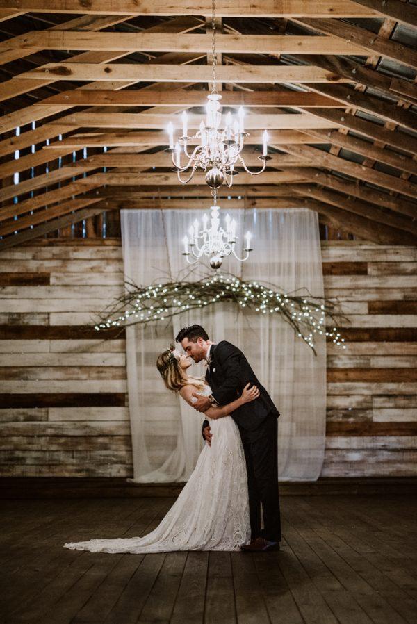boho-nashville-wedding-inspiration-at-meadow-hill-farm-35
