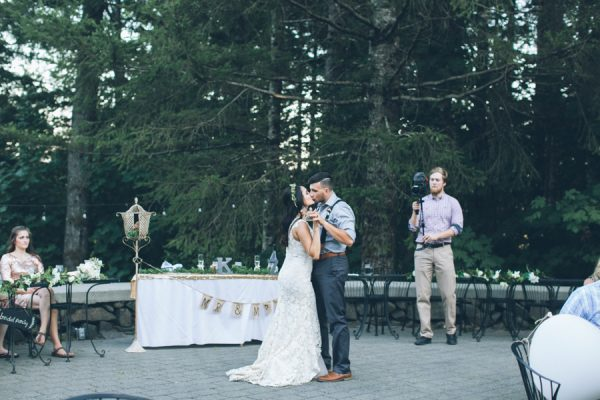 charming-pnw-wedding-anderson-lodge-32
