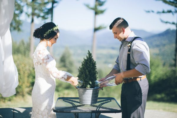 charming-pnw-wedding-anderson-lodge-7