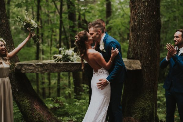 cozy-mount-rainier-wedding-at-the-wellspring-spa-19