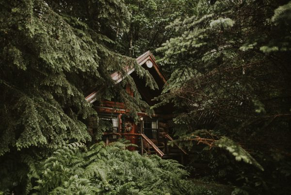 cozy-mount-rainier-wedding-at-the-wellspring-spa-2
