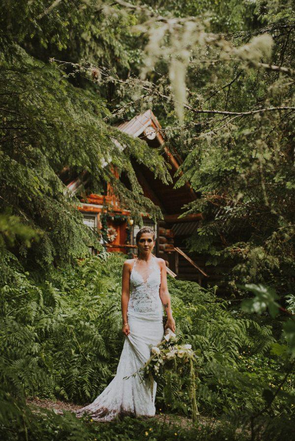 cozy-mount-rainier-wedding-at-the-wellspring-spa-28