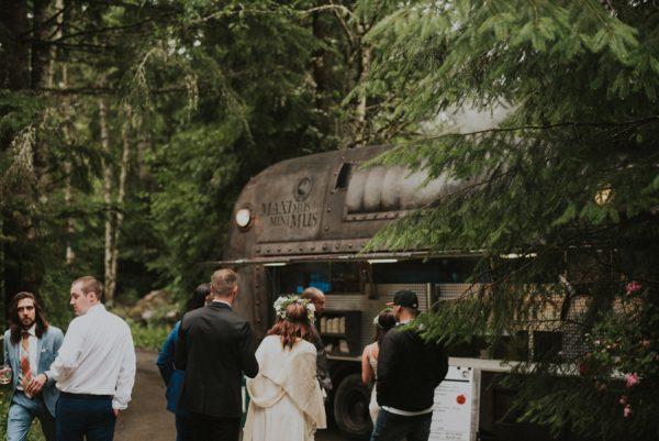 cozy-mount-rainier-wedding-at-the-wellspring-spa-37