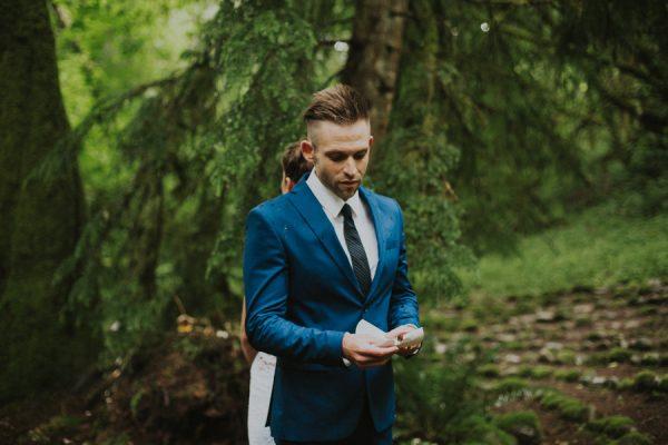 cozy-mount-rainier-wedding-at-the-wellspring-spa-9