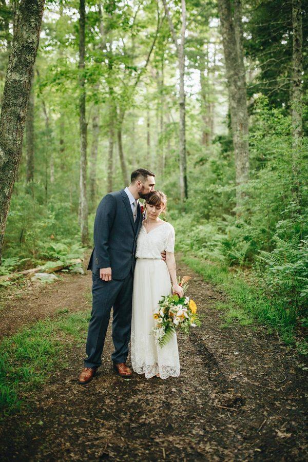 creative-somerville-massachusetts-wedding-at-warehouse-xi-11