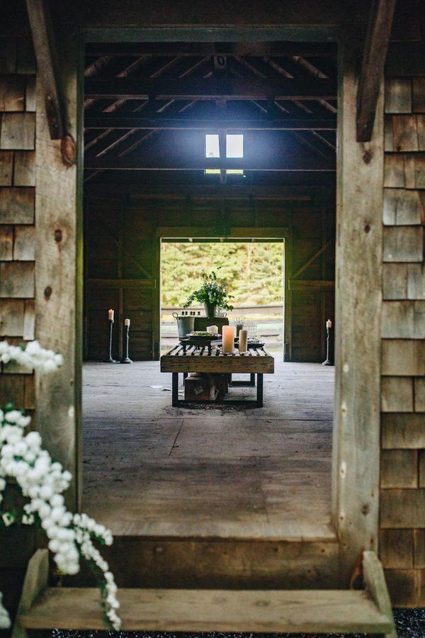 creative-somerville-massachusetts-wedding-at-warehouse-xi-19