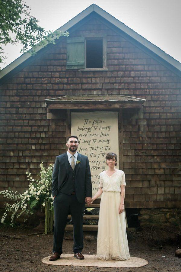 creative-somerville-massachusetts-wedding-at-warehouse-xi-22