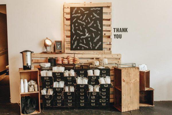 creative-somerville-massachusetts-wedding-at-warehouse-xi-24
