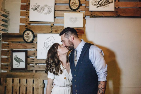 creative-somerville-massachusetts-wedding-at-warehouse-xi-44