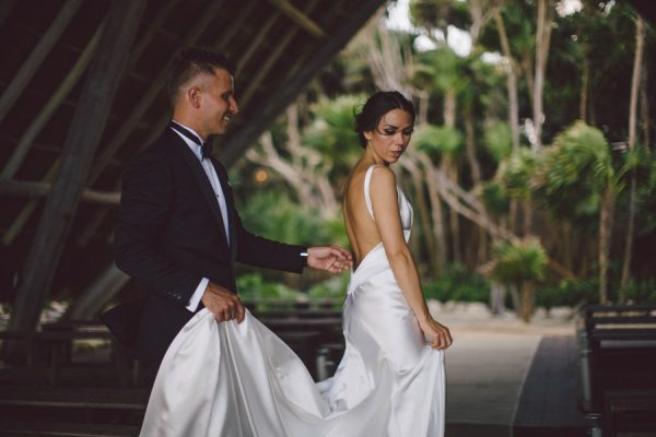 elegant-tulum-destination-wedding-in-black-white-12