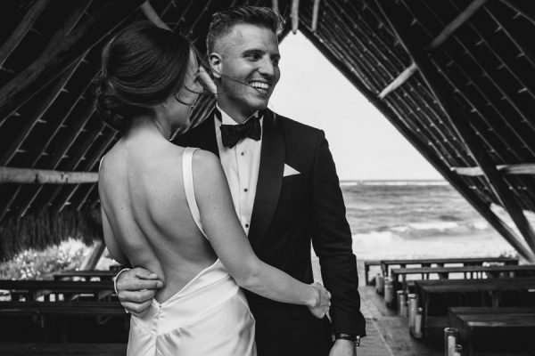 elegant-tulum-destination-wedding-in-black-white-13