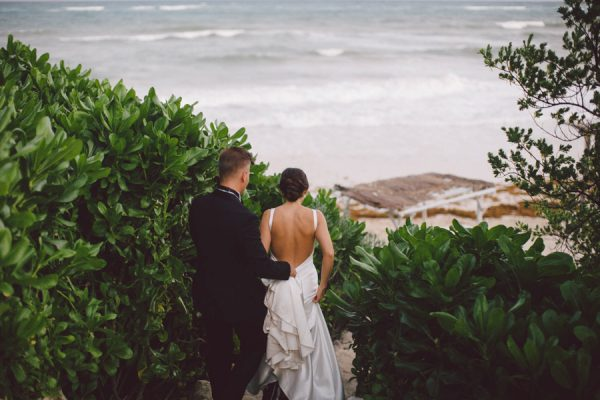 elegant-tulum-destination-wedding-in-black-white-19-2