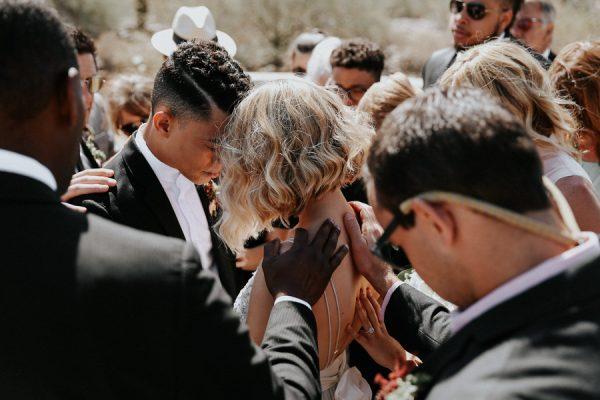 fashion-forward-scottsdale-wedding-in-black-grey-and-rose-gold-19