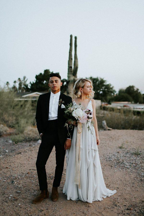 fashion-forward-scottsdale-wedding-in-black-grey-and-rose-gold-38