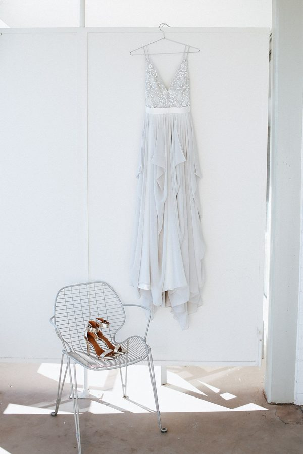 fashion-forward-scottsdale-wedding-in-black-grey-and-rose-gold-4