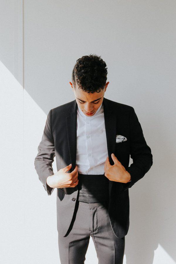 fashion-forward-scottsdale-wedding-in-black-grey-and-rose-gold-6