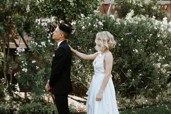 fashion-forward-scottsdale-wedding-in-black-grey-and-rose-gold-9