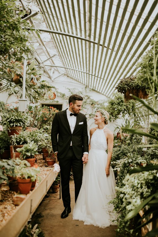 gorgeous-georgia-greenhouse-wedding-inspiration-at-hills-and-dales-estate-1