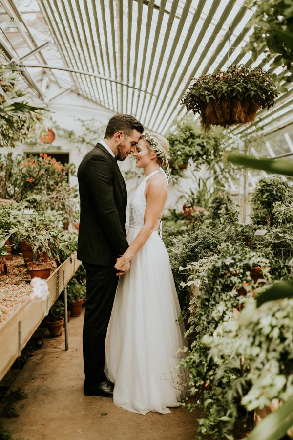 gorgeous-georgia-greenhouse-wedding-inspiration-at-hills-and-dales-estate-2