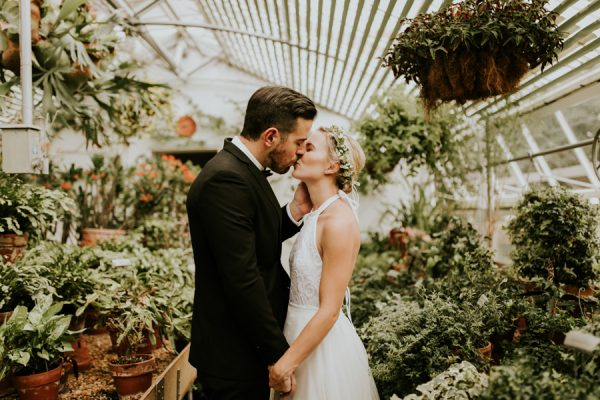 gorgeous-georgia-greenhouse-wedding-inspiration-at-hills-and-dales-estate-3