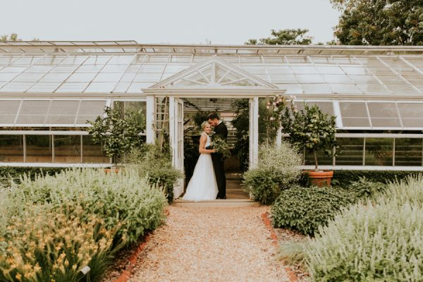 gorgeous-georgia-greenhouse-wedding-inspiration-at-hills-and-dales-estate-9