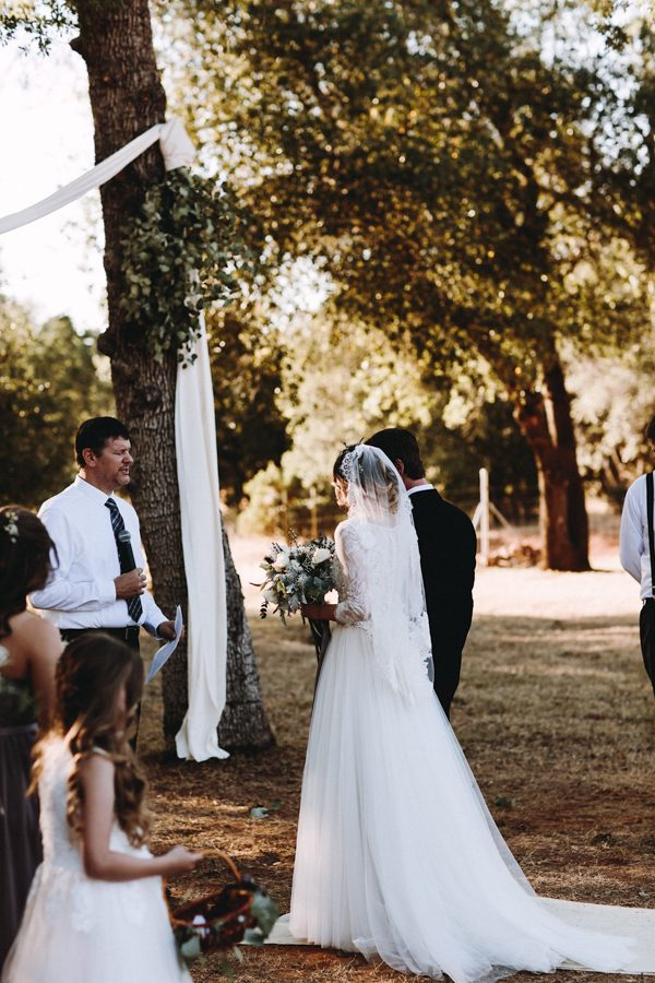 heartfelt-wedding-at-home-in-the-california-countryside-20