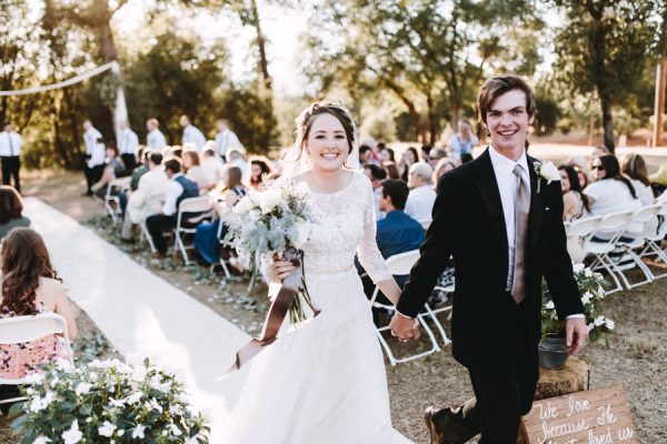 heartfelt-wedding-at-home-in-the-california-countryside-23