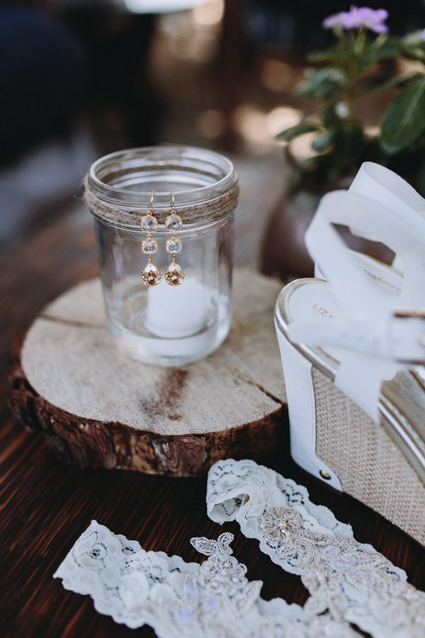 heartfelt-wedding-at-home-in-the-california-countryside-5