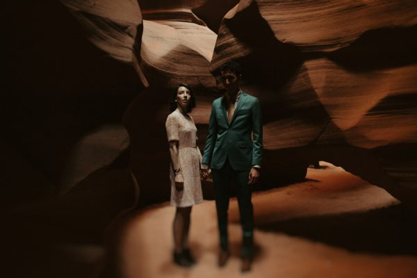 impossibly-adorable-antelope-canyon-and-horseshoe-bend-engagement-session-10