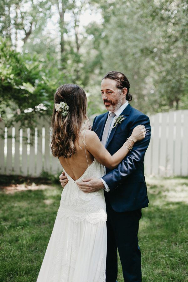 relaxed-boho-north-carolina-wedding-at-rock-quarry-farm-11