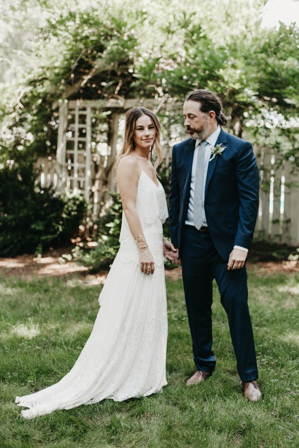 relaxed-boho-north-carolina-wedding-at-rock-quarry-farm-12