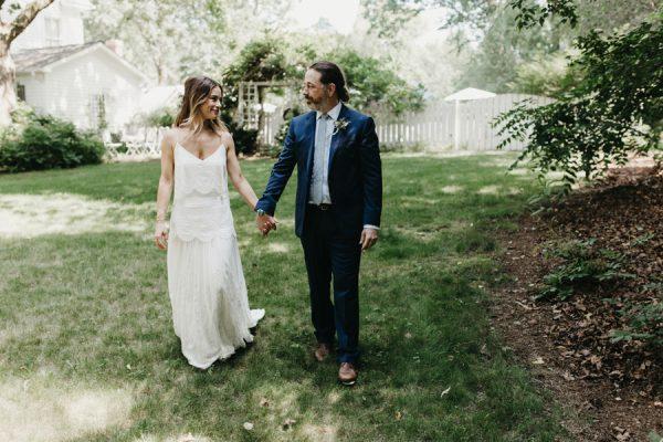 relaxed-boho-north-carolina-wedding-at-rock-quarry-farm-13