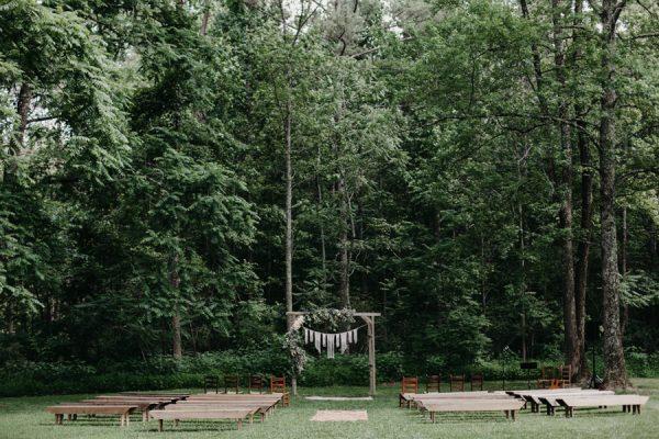 relaxed-boho-north-carolina-wedding-at-rock-quarry-farm-19