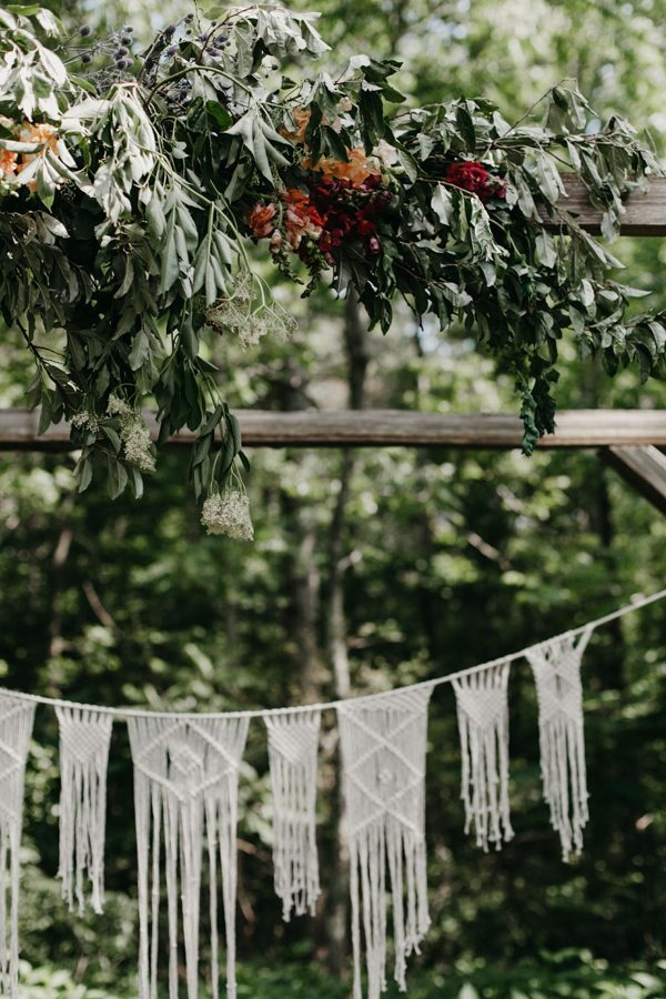 relaxed-boho-north-carolina-wedding-at-rock-quarry-farm-20