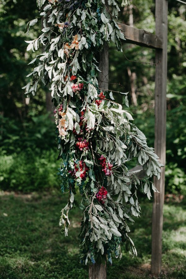 relaxed-boho-north-carolina-wedding-at-rock-quarry-farm-21