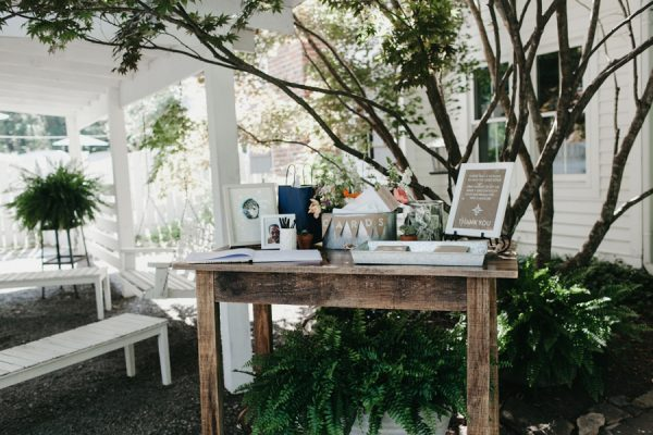 relaxed-boho-north-carolina-wedding-at-rock-quarry-farm-23
